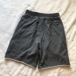 Under Armour Shorts - Under armour small loose sweat pants shorts